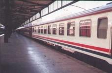 The non-TVS2000 white dining car at the platform of Haydarpasa station. 2001. Photo Gökçe Aydin.