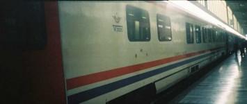 TVS2000 dining car of the same Izmir Mavi Treni. 2001. Photo Gökçe Aydın.