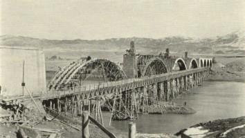 Construction of the bridge across the Firat river (Euphrate)