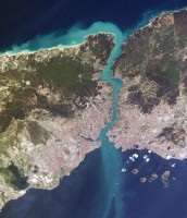 Satellite picture of the Bosphorus, ISS pictures, NASA, April 2004