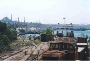 The ferry link span at Sirkeci. 2002 Photo Malcolm Peakman