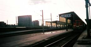 A rainy day on the platform, east side, in July 2001. Photo Gökçe Aydin