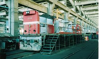 DE22086 stripped out during overhaul at Ankara. 4 November 2003. Photo JP Charrey