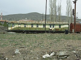 Works car in Lalahan. 2006. Photo Mahmut Zeytinoğlu