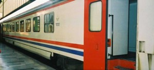 TVS2000 Pullman car with baggage compartment. The car is in the constitution of the same Izmir Mavi Treni. 2001. Photo Gökçe Aydin.