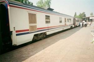 TVS2000 generator car is attached to Cukurova Mavi Treni. The train has just arrived at Adana station. 2001. Photo Gökçe Aydın.