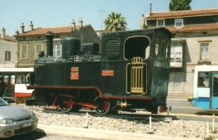 Henschel n°15944, plinthed in Izmir, in front of Alsancak station. June 2001. Photo JP Charrey
