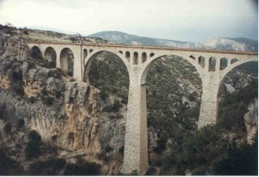 The same viaduct from a different angle, near Hacikiri, 1999. Photo Malcolm Peakman