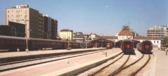 Basmane station, platform side. June 2001. Photo JP Charrey