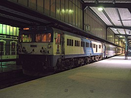E43018, 2-12-2004, Ankara Station. Photo & copyright Graham Williams