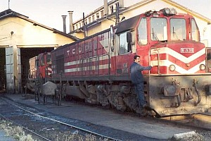 DE24318 being prepared for departure at Elazig depot, June 2001. Photo G. Tunçbilek