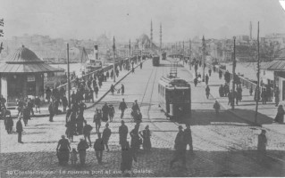 A postcard showing heavy tram traffic on Galata Bridge in 1919